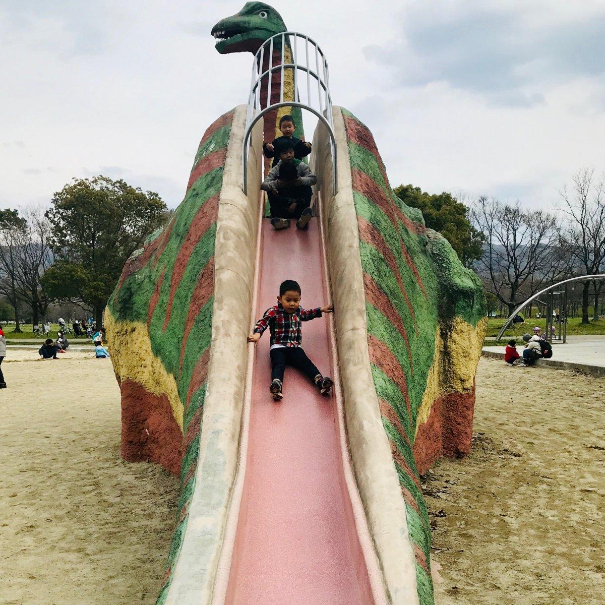 深北緑地恐竜広場